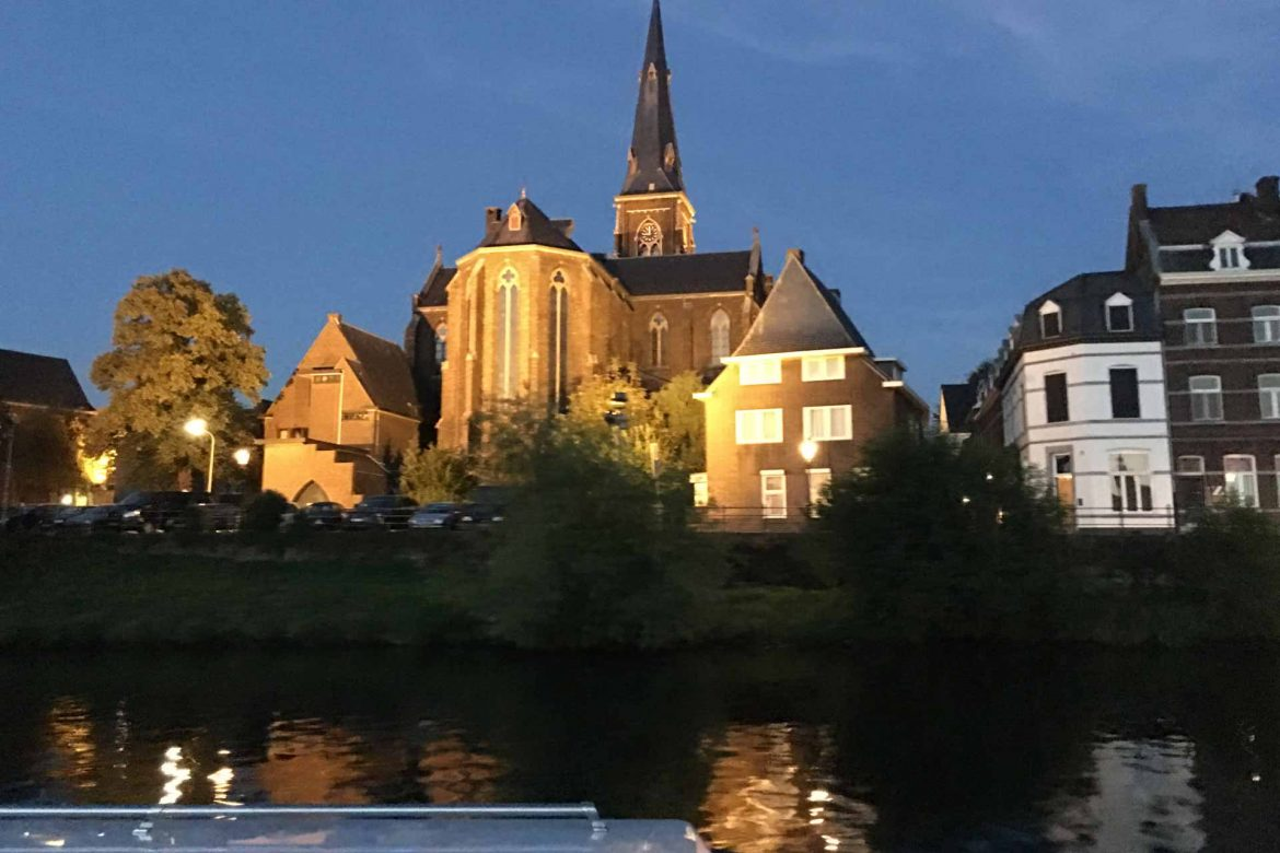 Private Evening Cruise in Maastricht
